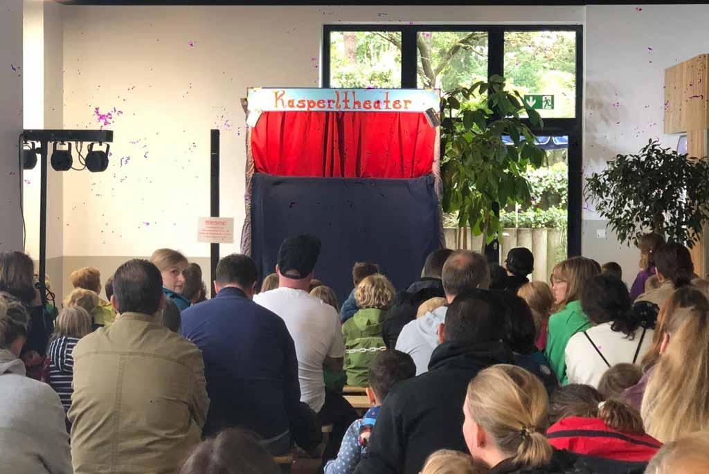 Chiemsee-Kasperltheater- die-mobile-Puppenbühne