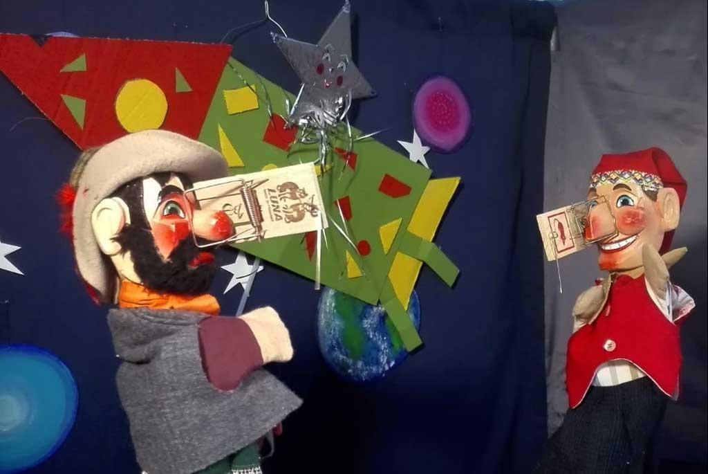 Kindertheater mit  Räuber Benediktus-Krapfenklau, dem Gegenspieler unseres Chiemsee Kasperls